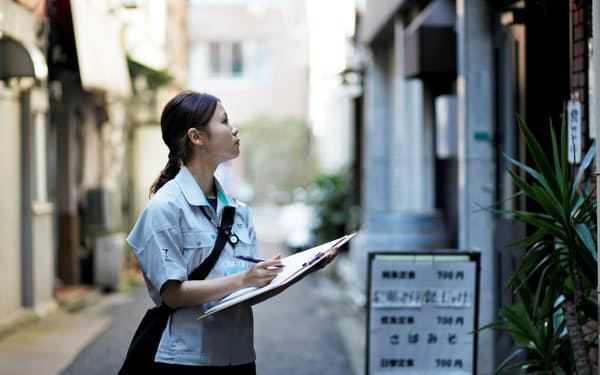 ゼンリンは約1000人の調査員が巡回して住宅地図を更新している