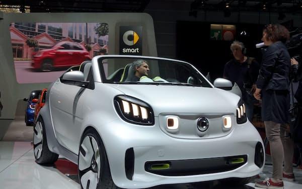スマートはEV専用ブランドとして収益を立て直そうとしていた(18年10月、パリ国際自動車ショー)