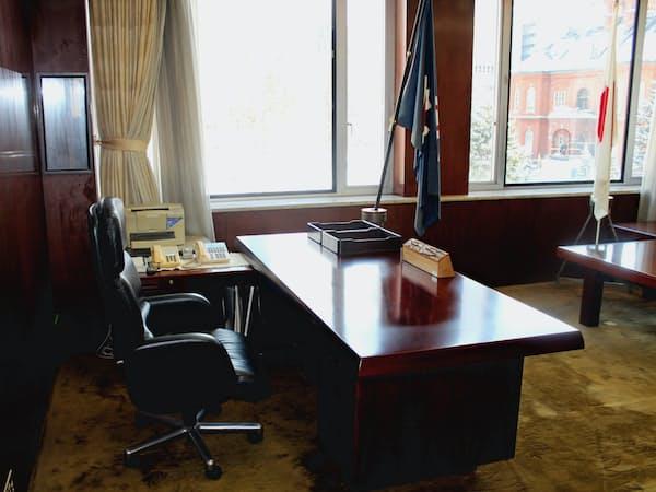 知事室からは赤れんが庁舎や四季折々の風景が見える