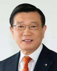 錦湖アシアナグループの朴三求会長は「混乱の責任をとる」と表明