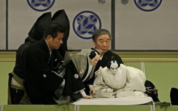 仮名手本忠臣蔵の四段目「塩谷判官切腹の段」(2012年11月、国立文楽劇場)