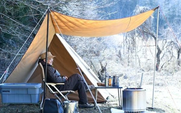 休日にソロキャンプを楽しむ畠山修さん(栃木県日光市)