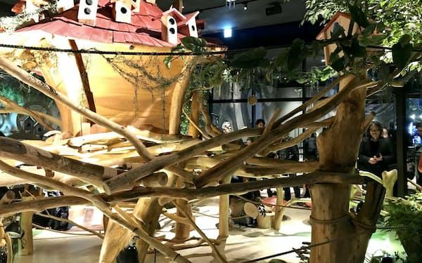「アニマル ヴィレッジ」は森をイメージした
