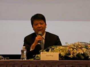 2018年12月期の決算会見を開くファーウェイの郭平・副会長兼輪番会長(29日、広東省深圳市)