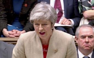29日、自身の案への支持を呼びかけるメイ首相(ロンドン)=ロイター