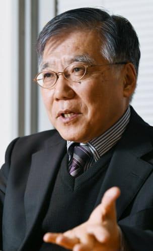たに・なおき 1948年兵庫県出身、大阪市育ち。京都大大学院博士課程修了、堺市博物館を経て82年大阪市立大。講師、助教授、教授を経て2013年名誉教授。「大阪くらしの今昔館」が01年に開館した当初から館長を務める。