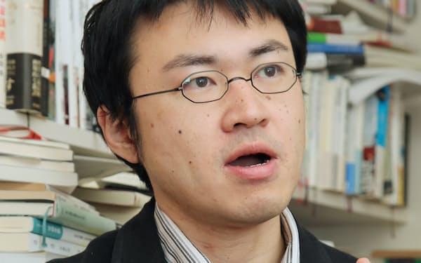 社会学者 鈴木洋仁氏