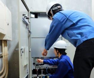 横浜市は47小中学校にVPP用の蓄電池を設置した=横浜市提供