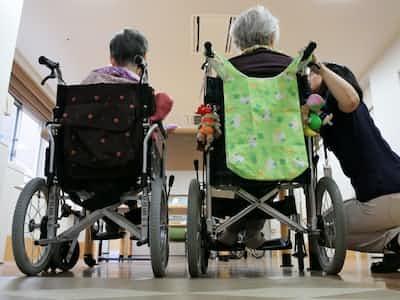 介護保険料、年10万円超に 会社員、平均6%増加