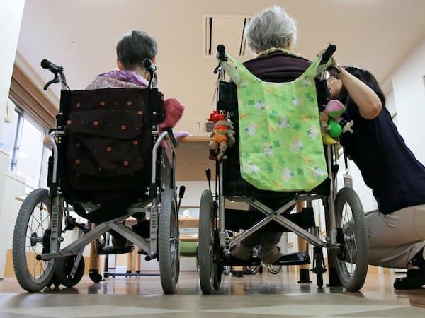 高齢者の増加で介護サービスの需要は高まっている