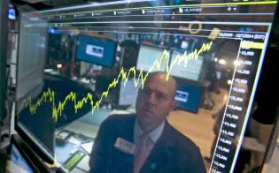 米株は割高感が意識され始めている(ニューヨーク証券取引所)=AP
