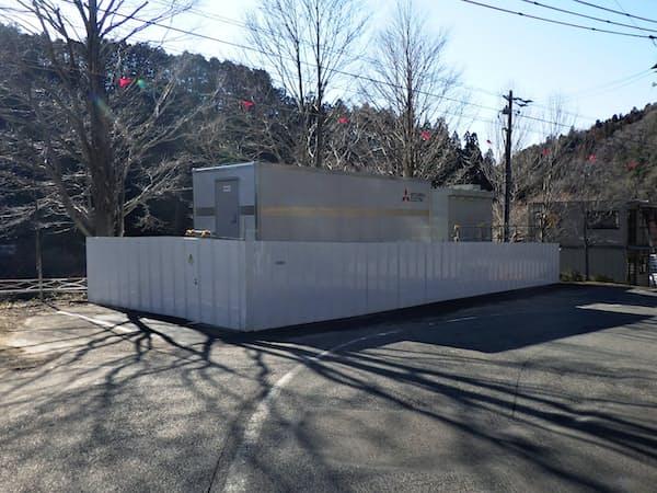 中部電力は配電網に蓄電池をつなげて新エネルギーの需給を調整する(愛知県豊田市)