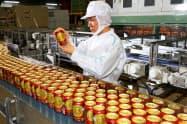 サントリービールが生産する金麦ゴールド・ラガー(京都府長岡京市の京都ブルワリー)