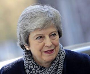 メイ英政権と労働党の与野党協議はいまのところ目立った成果が上がっていない=AP
