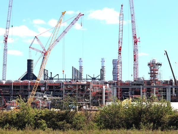 千代田化工は米国のLNGプラントで巨額の損失を計上した(ルイジアナ州で建設中のLNG製造設備)