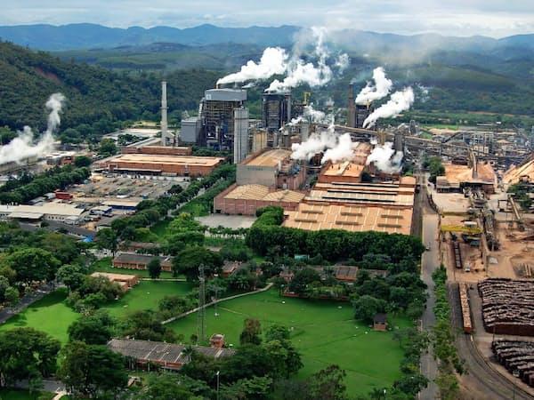 パルプ事業が業績をけん引する(王子ホールディングス傘下のブラジルのパルプ工場)