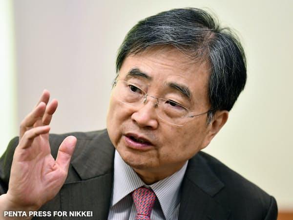インタビューに応じる韓国外務省の趙顕第1次官(10日、ソウル)=PENTA PRESS/KOCIS