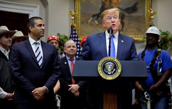 トランプ米大統領は12日、記者会見で5G普及への意欲を示した(ワシントン)=ロイター