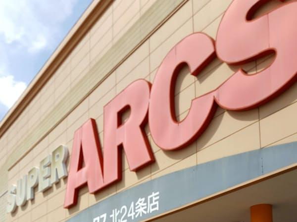 経験豊富なシニアの活用は欠かせない(札幌市内のアークス店舗)