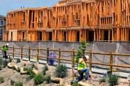 米建設業者の景況感は緩やかに上向いている=AP