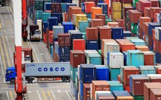 米国の対中国のモノの貿易赤字は縮小傾向(中国・上海)