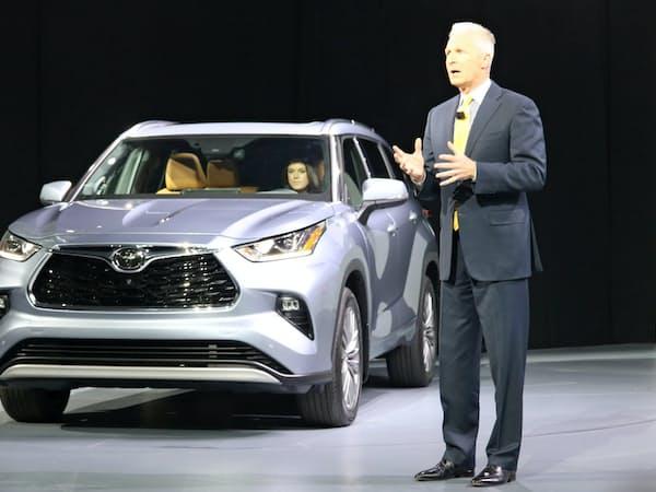 トヨタ自動車は主力SUV「ハイランダー」を6年ぶりに刷新する(17日、ニューヨーク)