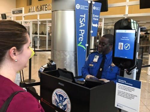 アトランタ空港の顔認証システム