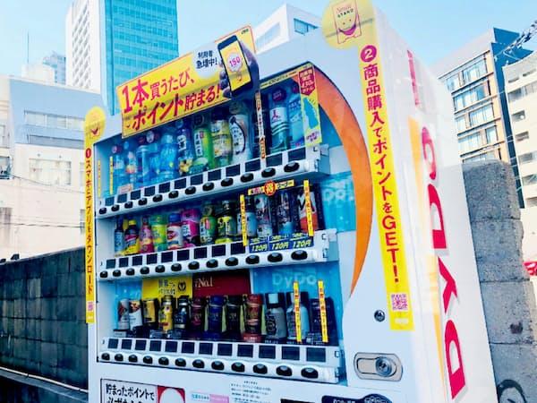商品補充の人手不足なども自販機の減少に拍車をかけている