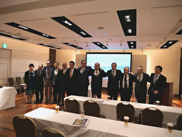 富山県西部に拠点を持つ会社の社長らが集まった(富山県高岡市)