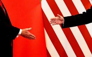 米中は目先、貿易協議で合意しても、価値観の相違から長期的には対立が激化する可能性がある=ロイター