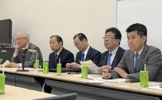 4月11日に開かれた自転車活用推進議員連盟の年次総会(東京?永田町の参院議員会館)