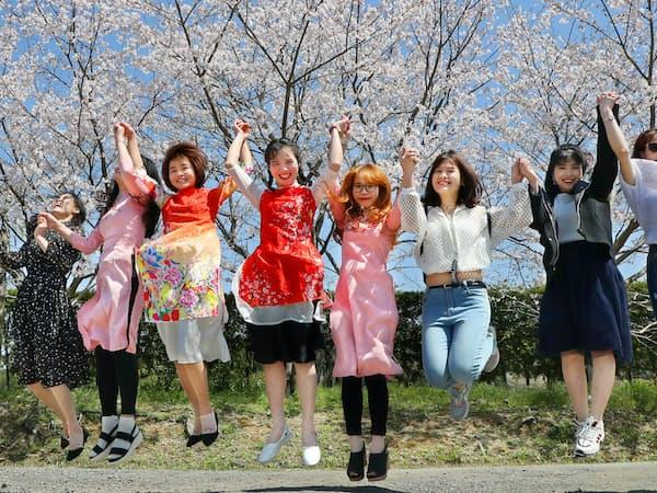 実習生は20歳代が多い(宮崎県都城市のエビス商事)