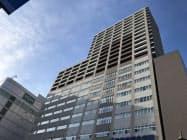 タワーマンションを併設した寿泉堂総合病院