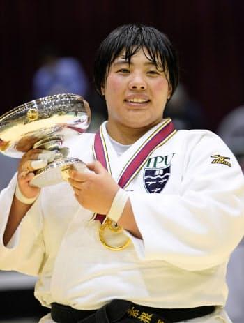 柔道の全日本女子選手権で2連覇を果たした素根輝(21日、横浜文化体育館)=共同