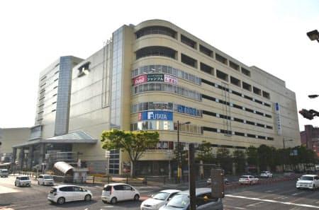 現在のトキハ別府店は1988年10月の開業から30年を過ぎた(大分県別府市)