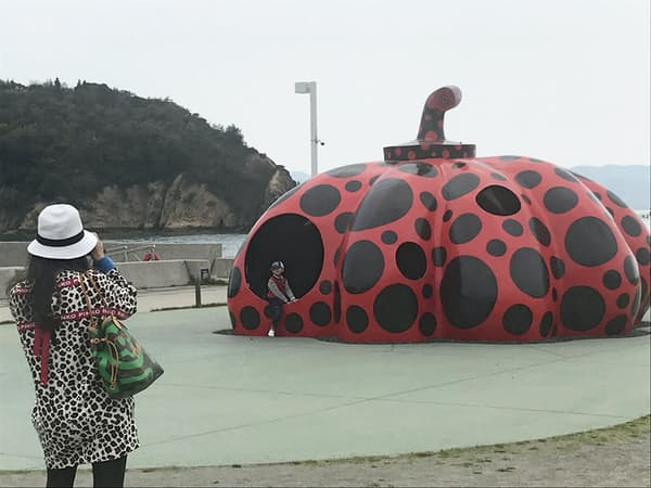 10連休の幕開けを飾るかのように26日、瀬戸内国際芸術祭2019が開幕する(香川県直島町)