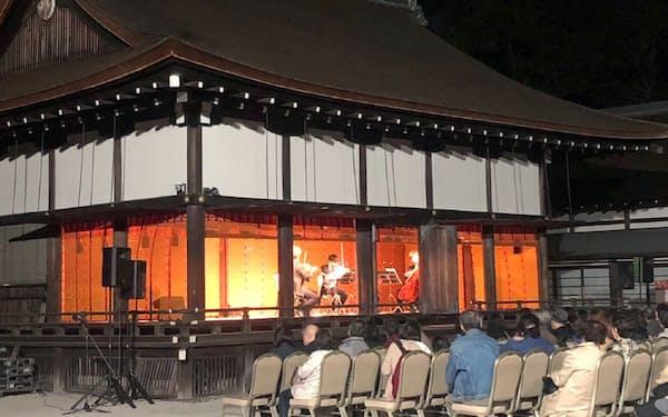 下鴨神社での演奏会は好評だった(昨年10月)