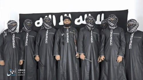 インターネット上で公開されたスリランカ連続爆破テロを実行したと主張する男らの写真=AP