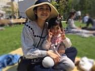 松永真菜さんと莉子ちゃん(4月6日)=遺族提供、一部画像処理をしています