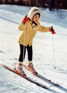 7歳の時、米バーモント州キリントンでスキーを楽しむ皇后さま(1970年12月)=共同