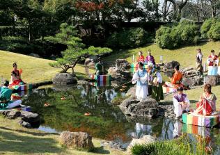 万葉の森公園は来場者が急増(浜松市、イベント時の様子)