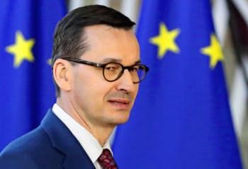 ポーランドのモラウィエツキ首相=ロイター