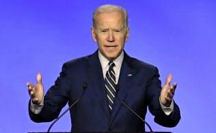 バイデン前米副大統領は高い知名度と実績を誇る(写真はAP)