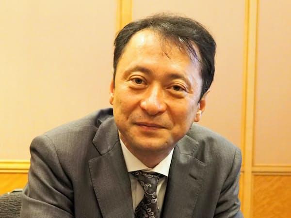 「世界の格差を無くしたい」と力を込めるHAPSモバイルの最高経営責任者を務める、ソフトバンクの宮川潤一副社長