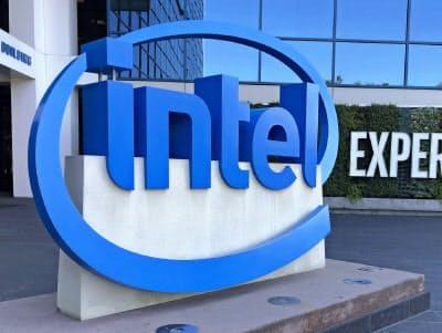 インテルはデータセンター向けの減速で2019年通期の売上高予想を3%引き下げた