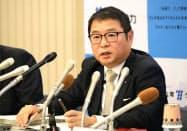 テロ対策施設の早期完成を目指すと話す池辺社長(福岡市)