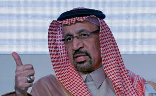 サウジアラビアのファリハ・エネルギー産業鉱物資源相は7月以降の減産継続を示唆した=ロイター