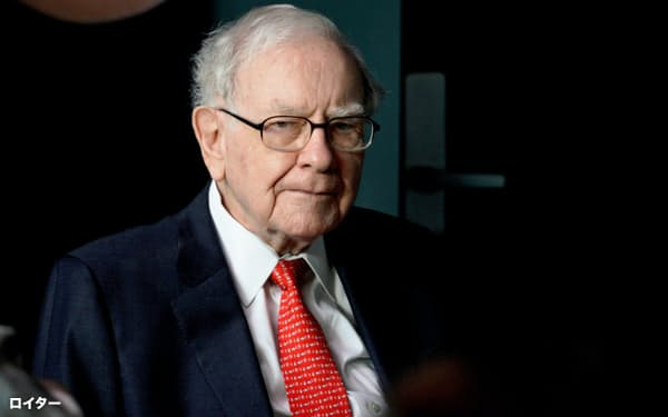 ウォーレン・バフェット氏が率いるバークシャー・ハザウェイはアマゾン株に初めて投資した=ロイター