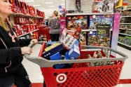 米小売業の業界団体は「関税引き上げは消費者の負担増につながる」と主張(ケンタッキー州の小売店)=AP
