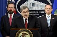 バー米司法長官はロシア疑惑の捜査報告書全文を議会に提出していないと明言してきた(4月、ワシントン)=AP